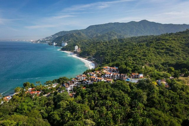 Now That I Have Bought Property in Mexico, What Do I Have to Do to Keep Everything Current?